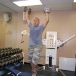 Islesblogger lifting weights